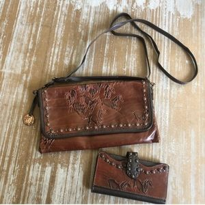 Double J Saddlery Tooled Leather Purse and Wallet